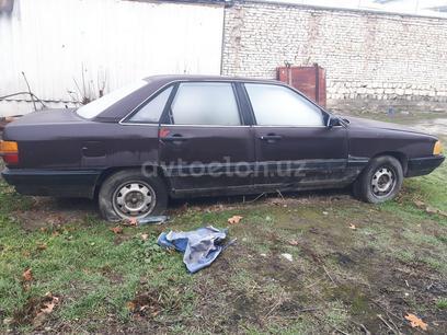 Audi 100 1986 года за 700 у.е. в