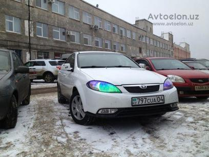Плёнку для фар (Хамелеоновый Американка) за 20 у.е. в Toshkent
