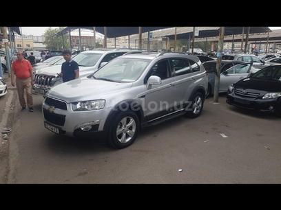 Chevrolet Captiva, 4 pozitsiya 2012 года за 13 500 у.е. в Toshkent