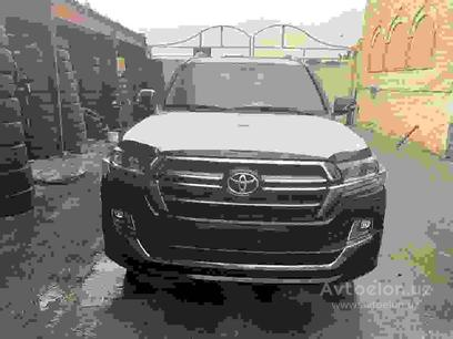 Toyota Land Cruiser 2019 года за 125 000 у.е. в Toshkent