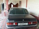 Mercedes-Benz E 240 1981 года за 3 000 у.е. в Toshkent