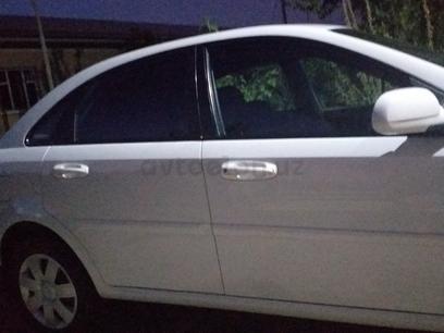 Chevrolet Lacetti, 2 pozitsiya 2010 года за 7 200 у.е. в Termiz