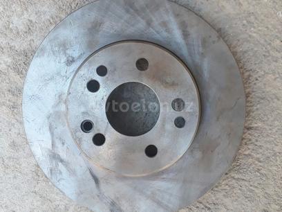 Тормозные диски передние на Мерседес! за 100 у.е. в г. Ташкент