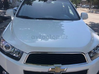 Chevrolet Captiva, 3 позиция 2015 года за 20 000 y.e. в Самарканд