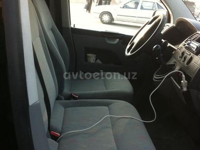 Volkswagen  Transporter 5 tdi 2007 года за 10 000 у.е. в  – фото 11