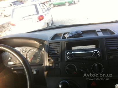 Volkswagen  Transporter 5 tdi 2007 года за 10 000 у.е. в  – фото 9