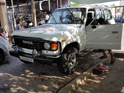 Toyota Land Cruiser 1986 года за 7 500 у.е. в г. Ташкент