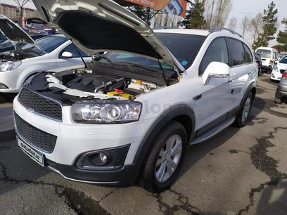 Chevrolet Captiva, 3 pozitsiya 2014 года за 22 000 у.е. в Toshkent