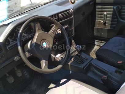 BMW 318 1983 года за 3 500 y.e. в Ташкент