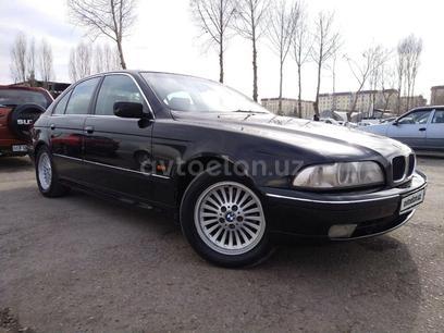 BMW 520 1997 года за 6 000 у.е. в Angren