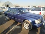 Mercedes-Benz E 300 1990 года за 4 000 у.е. в Toshkent