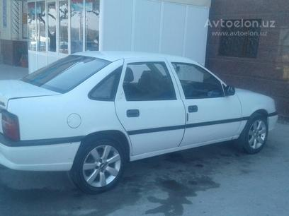 Opel Vectra 1994 года за 3 200 y.e. в Самарканд
