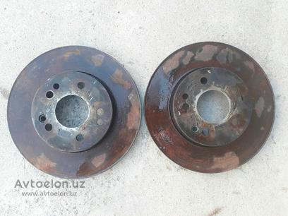 Тормозные диски передние w124 e280 за 50 y.e. в Ташкент