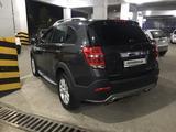 Chevrolet Captiva, 3 pozitsiya 2013 года за 15 500 у.е. в Toshkent