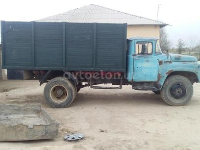 ZiL 1982 года за 5 000 у.е. в Chiroqchi tumani