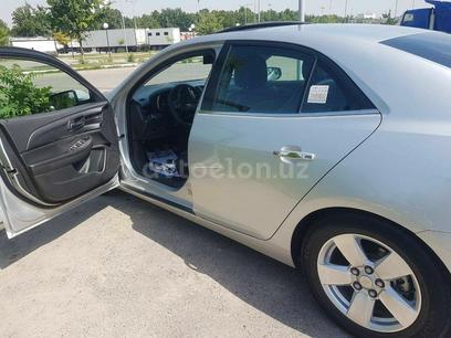 Chevrolet Malibu, 2 pozitsiya 2019 года за 28 000 у.е. в Toshkent
