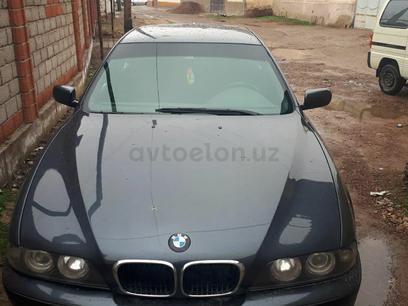 BMW 520 1998 года за 7 600 у.е. в Toshkent – фото 12