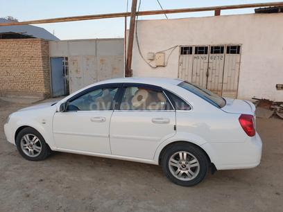 Chevrolet Lacetti, 2 pozitsiya 2012 года за 9 000 у.е. в Buxoro
