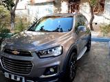 Chevrolet Captiva, 4 pozitsiya 2015 года за 20 000 у.е. в Toshkent