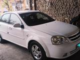 Chevrolet Lacetti, 2 pozitsiya 2010 года за 8 000 у.е. в Andijon
