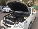 Chevrolet Epica, 3 pozitsiya 2010 года за 9 500 у.е. в Toshkent