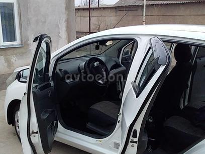 Chevrolet Spark, 2 pozitsiya 2010 года за 5 000 у.е. в Oqqo'rg'on tumani