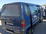 Toyota HiAce 1998 года за 4 000 у.е. в Buxoro