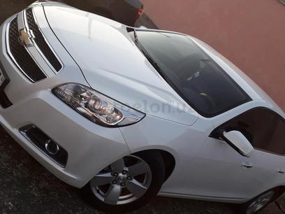 Chevrolet Malibu, 1 pozitsiya 2015 года за 15 000 у.е. в Navoiy – фото 2
