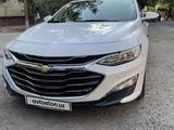 Chevrolet Malibu, 2 pozitsiya 2019 года за 28 800 у.е. в Toshkent