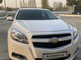 Chevrolet Malibu, 2 позиция 2013 года за 15 000 y.e. в Самарканд