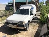 Ford Courier 1996 года за 1 000 у.е. в Samarqand