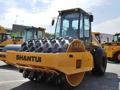 Shantui  SR14MP-2 2020 года за ~48 378 у.е. в Toshkent