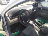 Chevrolet Lacetti, 2 pozitsiya 2018 года за ~11 703 у.е. в Urganch