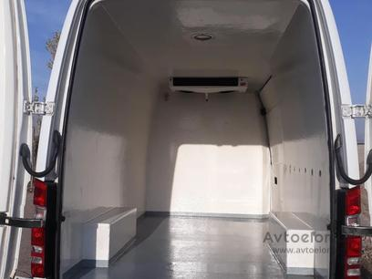 Mercedes-Benz  Sprinter 2011 года за 17 000 у.е. в Angren