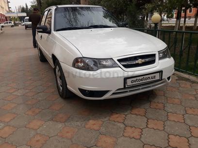 Chevrolet Nexia 2, 2 позиция DOHC 2014 года за 5 700 y.e. в Термез