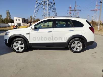 Chevrolet Captiva, 2 позиция 2012 года за ~12 778 y.e. в Ташкент