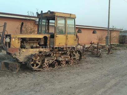 ДТ-75  Toza kapinka 1981 года за 30 000 000 у.е. в Xonqa tumani