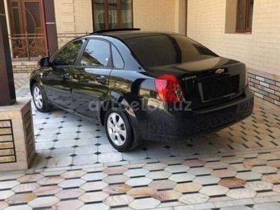 Chevrolet Lacetti, 3 pozitsiya 2020 года за 14 800 у.е. в Toshkent