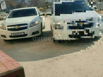 Chevrolet Malibu, 2 pozitsiya 2014 года за ~14 772 у.е. в Urganch