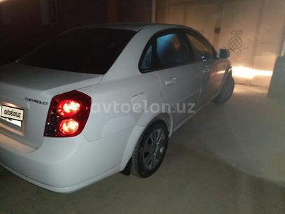 Chevrolet Lacetti, 3 pozitsiya 2013 года за 9 000 у.е. в Jizzax