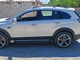 Chevrolet Captiva, 2 pozitsiya 2011 года за 16 000 у.е. в Jizzax