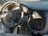 Chevrolet Lacetti, 2 позиция 2010 года за ~6 667 y.e. в Нишанский район