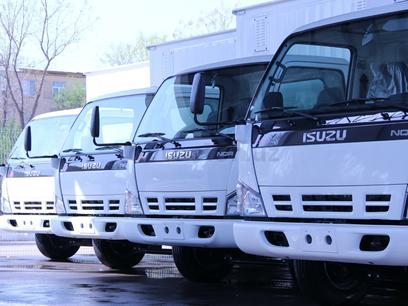 Isuzu  Фургон 71pl 2021 года за ~38 077 y.e. в Термез