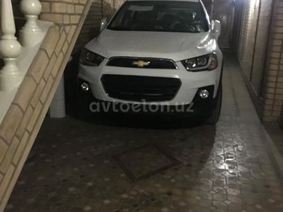 Chevrolet Captiva, 4 pozitsiya 2018 года за 26 500 у.е. в Toshkent