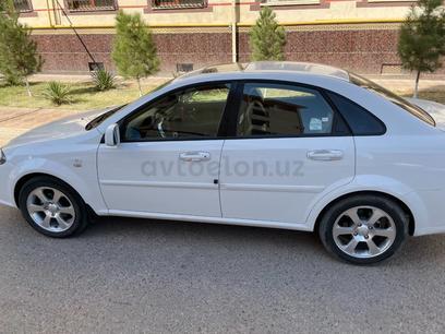 Chevrolet Lacetti, 3 pozitsiya 2021 года за 16 000 у.е. в Uchquduq tumani