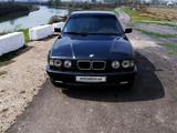 BMW 525 1990 года за 5 500 у.е. в Yangiyo'l