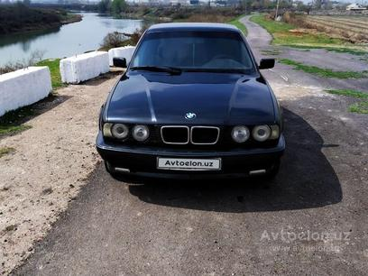BMW 525 1990 года за 5 500 y.e. в Янгиюль