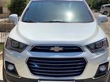 Chevrolet Captiva, 3 pozitsiya 2014 года за 18 500 у.е. в Toshkent