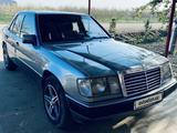 Mercedes-Benz E 230 1992 года за 6 500 y.e. в Бухара