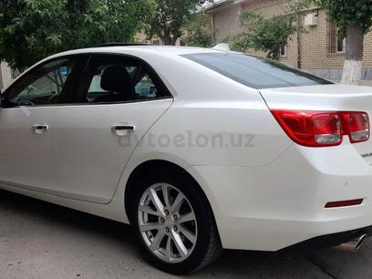 Chevrolet Malibu, 2 позиция 2013 года за 12 000 y.e. в Самарканд